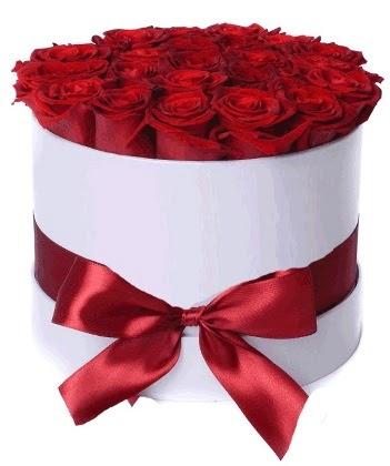 33 adet kırmızı gül özel kutuda kız isteme   Ankara Sincan cicekciler , cicek siparisi