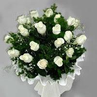 Ankara Sincan internetten çiçek siparişi  11 adet beyaz gül buketi ve bembeyaz amnbalaj