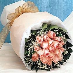 12 adet sonya gül buketi anneler günü için olabilir   Online Ankara Sincan çiçek satışı