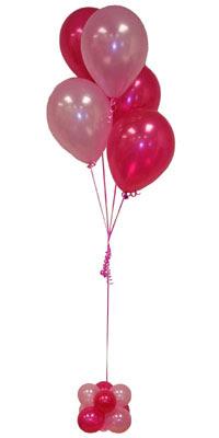Sevdiklerinize 17 adet uçan balon demeti yollayin.  Ankara Sincan çiçek siparişi vermek