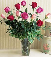 Ankara Sincan çiçek yolla , çiçek gönder , çiçekçi   12 adet karisik renkte gül cam yada mika vazoda