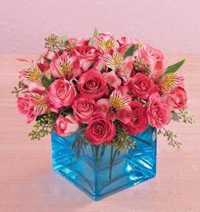 Çiçek siparişi Ankara Sincan anneler günü çiçek yolla  13 adet kirmizi gül ve cam yada mika vazo