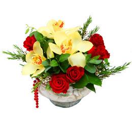 Ankara Sincan hediye çiçek yolla  1 adet orkide 5 adet gül cam yada mikada