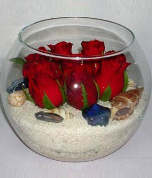 Cam fanus içeirsinde 9 adet kirmizi gül  Ankara Sincan 14 şubat sevgililer günü çiçek