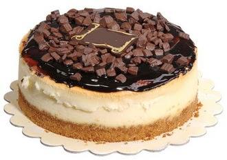 pasta yolla 4 ile 6 kisilik çikolatali yas pasta  Çiçek siparişi Ankara Sincan anneler günü çiçek yolla