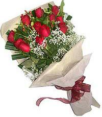 11 adet kirmizi güllerden özel buket  Ankara Sincan uluslararası çiçek gönderme