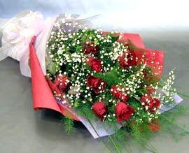 10 adet kirmizi gül çiçegi gönder  Ankara Sincan kaliteli taze ve ucuz çiçekler