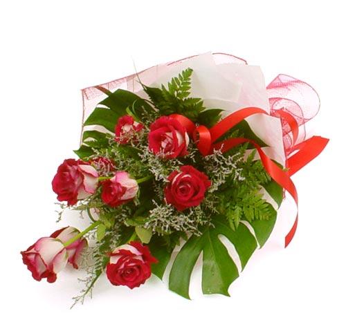 çiçek gönder 7 adet kirmizi gül buketi  Ankara Sincan İnternetten çiçek siparişi