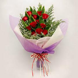 çiçekçi dükkanindan 11 adet gül buket  Ankara Sincan çiçek siparişi vermek