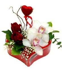 Çiçek siparişi Ankara Sincan anneler günü çiçek yolla  mika kalp içinde 2 gül 1 kandil orkide kalp çubuk