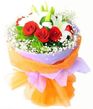 Ankara Sincan çiçek , çiçekçi , çiçekçilik  1 dal kazablanka 7 adet kırmızı gül buketi