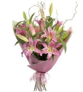 Online Ankara Sincan çiçek satışı  3 dal cazablanca buket çiçeği