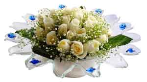 Ankara Sincan yurtiçi ve yurtdışı çiçek siparişi  11 adet Beyaz güller özel cam tanzim