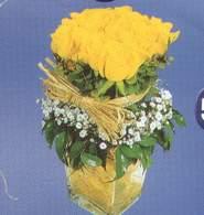 Ankara Sincan kaliteli taze ve ucuz çiçekler  Cam vazoda 9 Sari gül