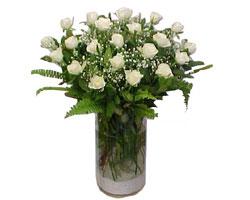 Sincan çiçek siparişi Ankara Sincan çiçek yolla  cam yada mika Vazoda 12 adet beyaz gül - sevenler için ideal seçim