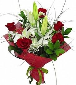 1 dal kazablanka 5 kırmızı gül buketi  Ankara Sincan İnternetten çiçek siparişi