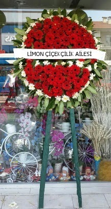 Cenaze çelenk çiçeği modeli  Ankara Sincan İnternetten çiçek siparişi