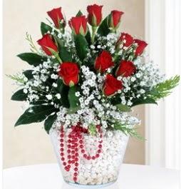 9 adet kırmızı gül cam içerisinde  Ankara Sincan online çiçekçi , çiçek siparişi