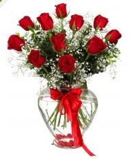 9 adet kırmızı gül cam kalpte  Ankara Sincan çiçek gönderme