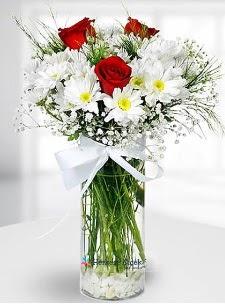 3 kırmızı gül ve krizantemler camda  Ankara Sincan çiçek yolla , çiçek gönder , çiçekçi