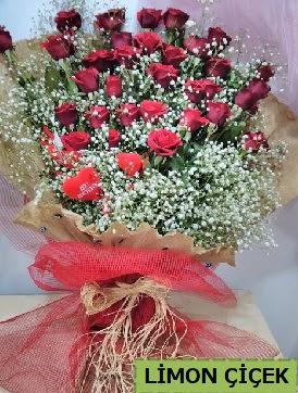 Kız isteme çiçeği buketi 33 kırmızı gülden  cicek siparisi Ankara Sincan cicek , cicekci