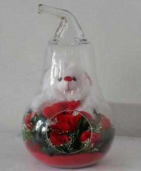 Orta boy cam armut Ayıcık ve yapay güller  Ankara Sincan çiçekçi mağazası