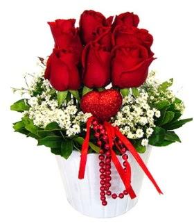 9 kırmızı gül seramik ve kalp çubuk  Ankara Sincan hediye çiçek yolla