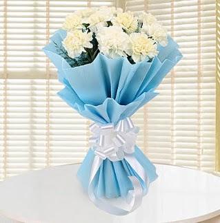 19 adet beyaz karanfil buketi  Ankara Sincan çiçek siparişi sitesi