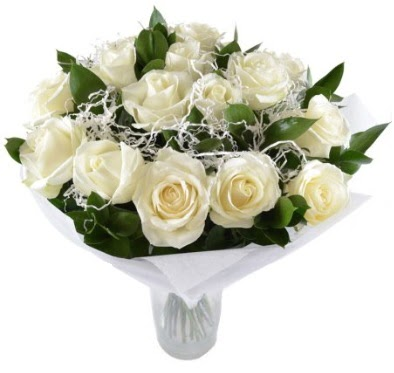 15 beyaz gül buketi sade aşk  Ankara Sincan çiçek siparişi sitesi