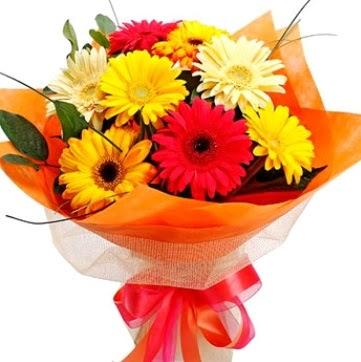 9 adet karışık gerbera buketi  sincan çiçekçi Ankara Sincan internetten çiçek satışı