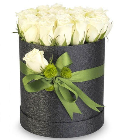 27 adet beyaz gülden görsel kutu çiçeği  Ankara Sincan cicekciler , cicek siparisi